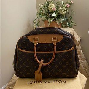 💯 Authentic Louis Vuitton Deauville!